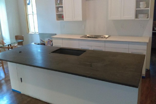Granite and Quartz Slab Kitchen Center Islands 5
